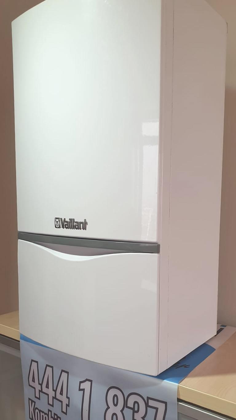 Vaillant Turbotec Pro 24 kW Hermetik Kombi